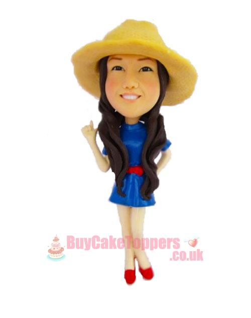 straw hat girl custom figurine