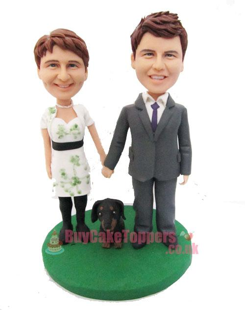 couple with a pet custom figurine